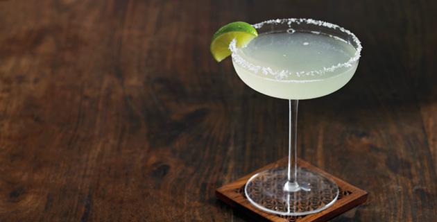 Margarita – stilecht aus der Cocktailschale