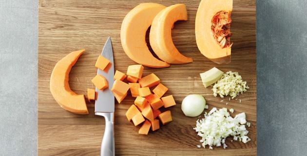 Step-by-Step: Kürbiscremesuppe selbst zubereiten