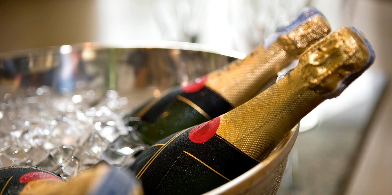Champagner, Prosecco, Cava – die kleine Warenkunde