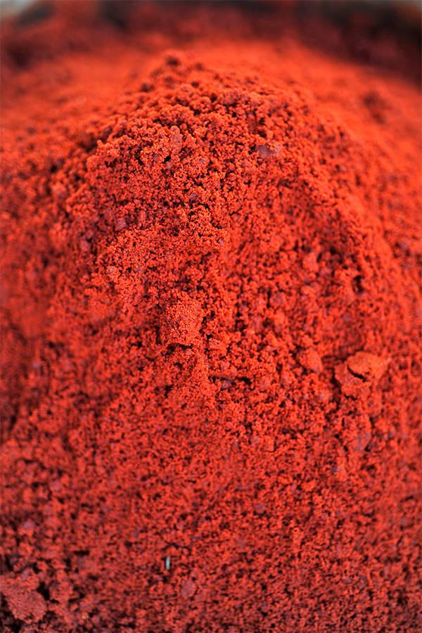 Forscher weisen gesundheitlich bedenkliches Extrakt in rotem Farbstoff nach
