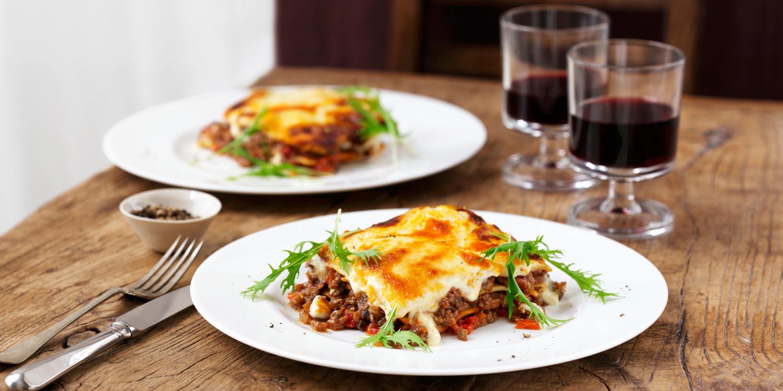 Lasagne mit Rindfleisch und frischem Rucola