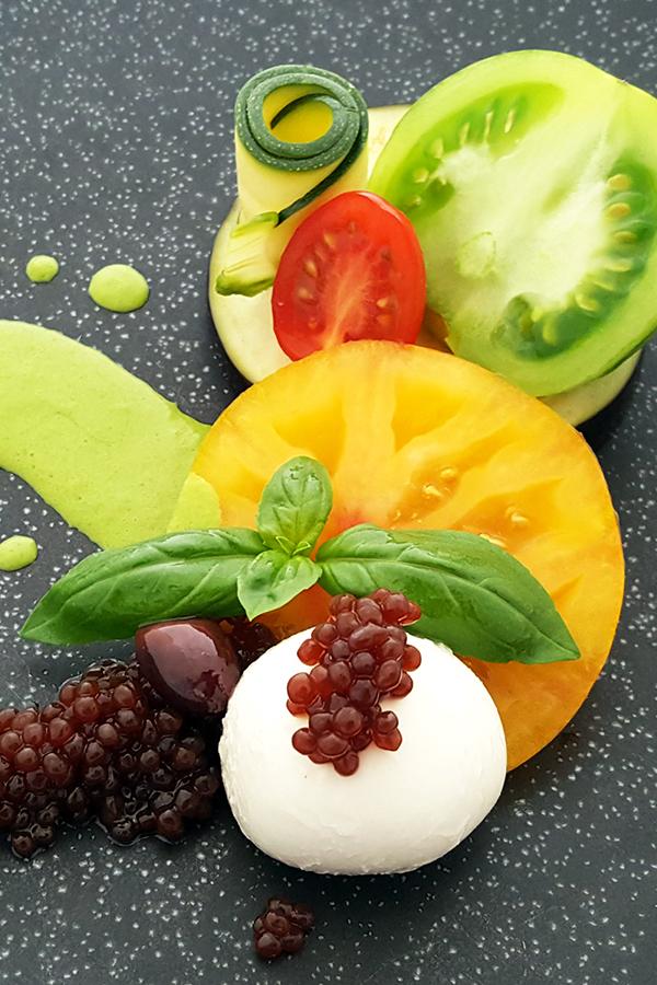 Gesunde Mahlzeit mit Olivenerzeugnissen